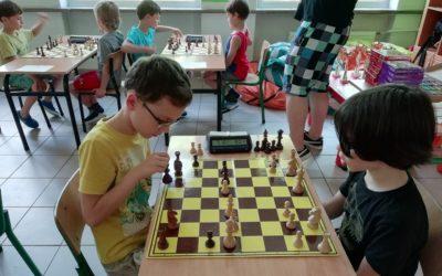 V Szkolny Turniej Szachowy