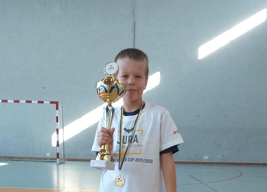 Imiejsce wturnieju piłki nożnej Jurajski Winter Cup 2019/2020 – Filip Mróz